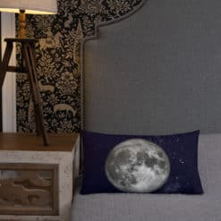 Full Moon Premium Pillow 32